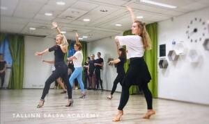 Salsa bachata summer 2020-30
